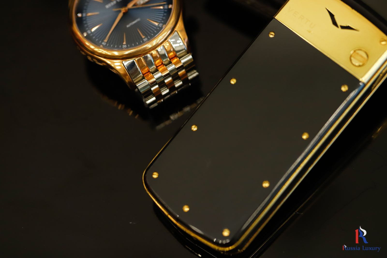 Vertu Signature M Gold 5